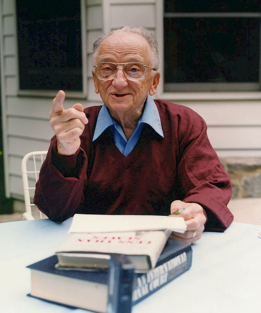 Ben Ferencz, New Rochelle, NY. June 2001. Photo by Holeer Keifel.